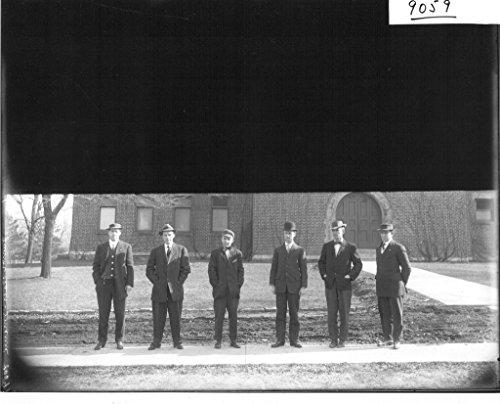 poster-miami-university-junior-class-members-outside-of-herron-gymnasium-1909-3880-students-group-po