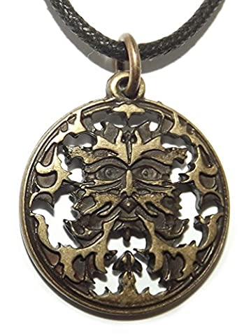 Round Pagan Green Man Oak Leaf Face Pendant (Brass Plated)