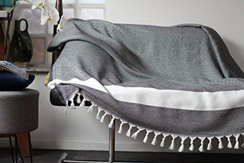 Allée Déco Funda para sofá, gris con flecos blancos | Talla XL 150 x 220 cm, 100% algodón de alta calidad - Manta, plaid o cubre para un sofá, una cama o un sillón