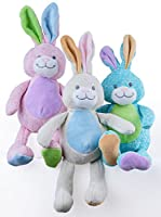 Questo grande coniglio di peluche è un ottimo giocattolo da coccolare e abbracciare. E' alto 40cm - il perfetto peluche di grandi dimensioni. E', per i bambini, una alternativa ideale e salutare rispetto ai soliti dolci e cioccolati Pasquali....