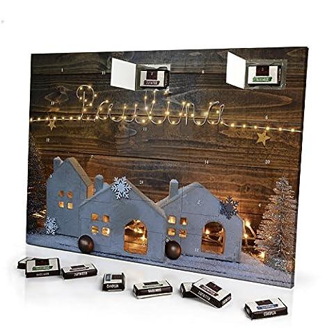 Adventskalender mit NamenPaulina - gefüllt mit Schokoladen-Füllung - personalisiert mit Namens-Motiv Lichterkette - Schoko-Kalender, Weihnachtskalender, (Schokolade Mit Namen)