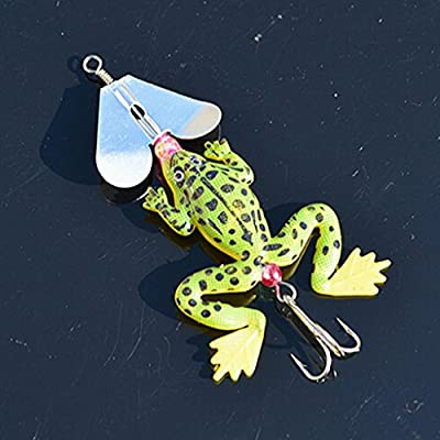 HuntGold 2X Fishing Lure Hook Bait Soft Silicone Artificial Green Frog Paillette Rotation by HuntGold