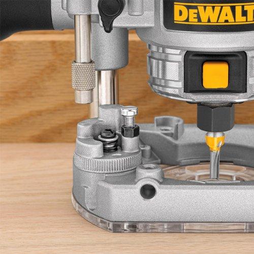 DeWalt 240V 8mm 1/4-inch Plunge Router