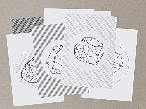 Großes geometrisches Postkartenset in schwarzweiß aus 7 Karten im minimalen Low Poly Design, abstrakte Muster treffen grafische Hintergründe