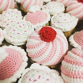 LOOP BABY gehäkelte Törtchen – Kaufladen Zubehör – gehäkelte Cupcakes – Zubehör Puppenküche – aus Baumwolle