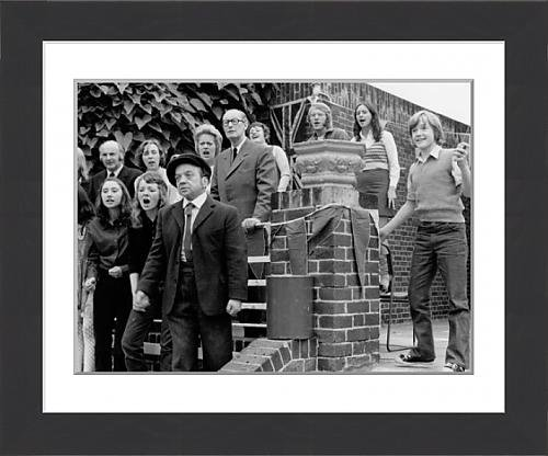 framed-print-of-milo-lewis-richard-wattis-keith-chegwin-and-josephine-tewson-in-milo
