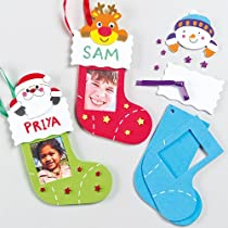 Kits décorations Chaussettes de Noël personnalisées en mousse que les enfants pourront fabriquer et suspendre sur le sapin de Noël (Lot de 6)