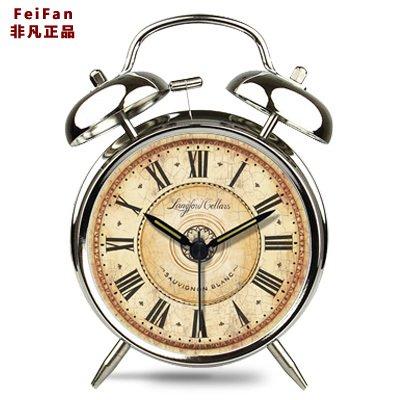 Creative metallo moda rétro tranquilla pastorale studente incantevoli luci notturne continental home sveglia,4 pollici silver - Metal Silver Desk Clock