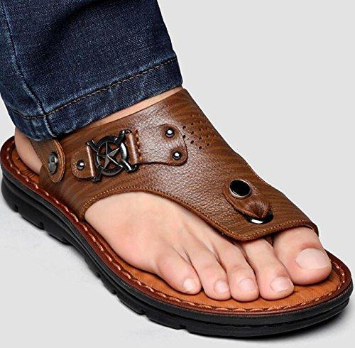 Beauqueen Dual-Use Männer gesunde Outdoor Leder Sandalen Anti-Rutsch-Pantoffeln Clip Toe Open Toe Einfache Strand Breathable Casual Sandalen 38-44 Khaki