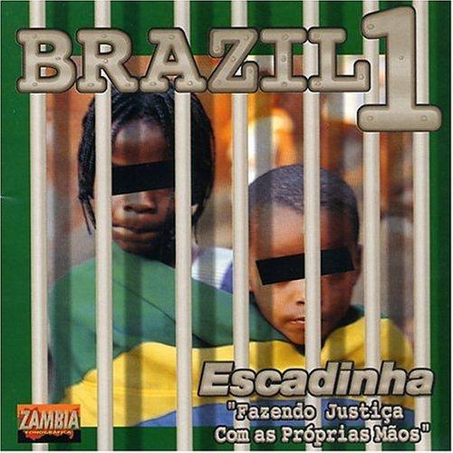 escadinha-brazil-1-by-xis