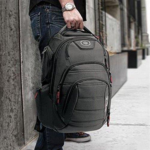 renegade-rucksack-schwarz