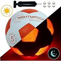 NIGHTMATCH Ballon de Football Lumineux, Pompe à Ballons et Batteries de Rechange Incluse - Illuminé de l'intérieur par Deux LED Lorsque Qu'on Le Frappe - Lumière de Nuit Ballon - Taille 5