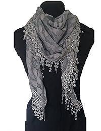 276104740d8b Feuilles gris conception écharpe. Triangle foulard de dentelle. Un élément  de mode belle. Cadeau fantastique.