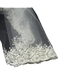 Classique voile de mariée en tulle à simple épaisseur, avec fleurs en dentelle. Produit offert par NYfashion101.