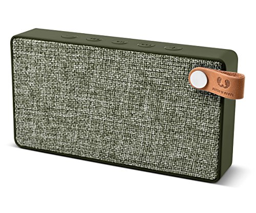 Fresh 'n Rebel Speaker Rockbox Slice Fabriq Edition, Altoparlante Wireless Tascabile 6W, Extra Bass, Bluetooth, Portatile, Senza Fili, Vivavoce, Per Smartphone/Tablet/Laptop, Verde militare army