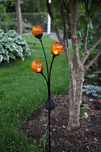Dekorative hochwertige XL - LED SOLAR Gartenstab / Wegeleuchte / Gartenleuchte / Pathlight aus einem schwarzen Metallstab und 3 dekorativen beleuchteten Acryl-Kugel mit je 1 amber LED - Größe ca. 70 cm x 22 cm - mit 3 AMBER LED - mit integriertem SOLARPANEL - bereits inklusive : AKKU - Solar - Panel - Solar Energy - inklusive Erdspieß - für den Außen - Bereich geeignet - OUTDOOR - aus dem KAMACA - SHOP