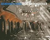 Abandoned Places 3 - 3 by Henk Van Rensbergen (2013-01-30) - Lannoo; Bilingual edition (2013-01-30) - 30/01/2013