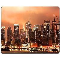 MSD in gomma naturale gaming mouse immagine ID: 3354817Mid città skyline di Manhattan a la notte del 4luglio Holiday un' immagine HDR