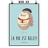 Mr. & Mrs. Panda Poster DIN A3 Eule Französisch - Eule, Eulen, Eule Deko, Owl, hibou, La vie est belle, das Leben ist schön, Spruch schön, Spruch Französisch, Frankreich Poster, Wandposter, Bild, Wanddeko, Geschenk