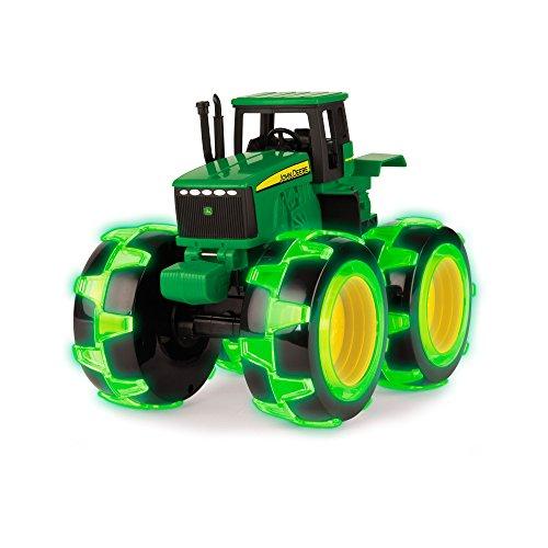 (TOMY Spielzeugtraktor John Deere Monster Treads in grün - Traktor mit leuchtenden Rädern in NEON grün - zum Spielen und Sammeln - ab 3 Jahre)