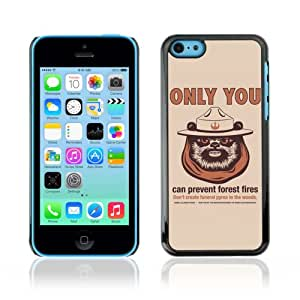 CaseCaptain Black Hard Back Case Cover Apple iPhone 5C ( Funny Forrest Fires Star Wars EWOK )