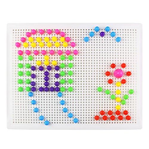 El paquete contiene: Un tablero perforado lleno de pequeños agujeritos donde se clavan las piezas.  Dos bolsas de piezas con forma de seta, de 3 tamaños diferentes.   Adultos pueden participar en el juego con los niños,La niña aprende a coordinar man...