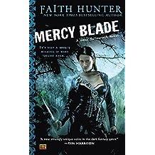 Mercy Blade (Jane Yellowrock, Book 3) by Faith Hunter (2011-01-04)
