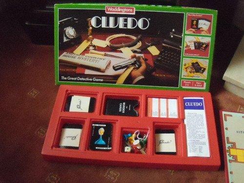 Waddingtons CLUEDO. VINTAGE 1975 EDITION WADDINGTONS BOARD GAME