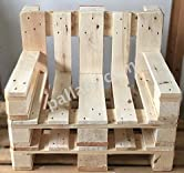 """""""2 Sessel aus hochwertigen Vollholz Europaletten"""" Die Maße der Sitzfläche betragen circa: 60 cm x 52 cm x 30 cm (BxTxH) Die Gesamtmaße betragen circa: 80 cm x 67 cm x 65 cm (BxTxH) Der Sessel kann in jedem Raum der Wohnung bzw. des Hauses Platz finde..."""