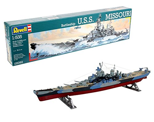 Revell Modellbausatz Schiff 1:535 - Schlachtschiff USS MISSOURI im Maßstab 1:535, Level 4, originalgetreue Nachbildung mit vielen Details, 05092