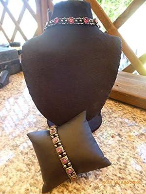Parure collier bracelet hématites/fushia