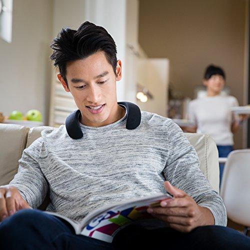 Bose Soundwear Companion Wireless Wearable Speaker (Black) Image 3