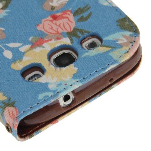 [A4E] Handyhülle passend für Apple iPhone 6 Plus (6 Plus;6S Plus) Kunstleder Tasche, Flip Cover, seitlicher Magnetverschluss, Standfuß, Kreditkartenfächer, mit schönem floralen Blumenmuster (schwarz,  Rosen - blau