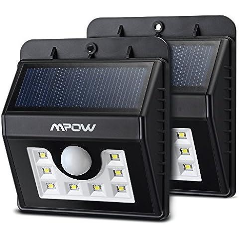 Lamparas Solares 8 LED Impermeable con Sensor de Movimiento, Mpow 2 Unidades Solar Luz Jardin al Aire Libre de Pared con 3 Modos de Focos Solares. Focos LED Exterior para Jardin Casa Camino Escaleras Pared. Iluminación de Exterior y