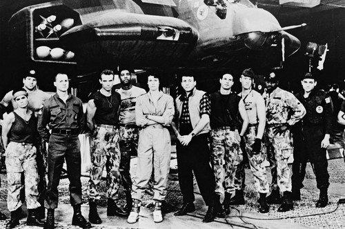 Moviestore Michael Biehn als Cpl. Dwayne Hicks unt Bill Paxton als Pvt. Hudson in Aliens 91x60cm Schwarzweiß-Posterdruck