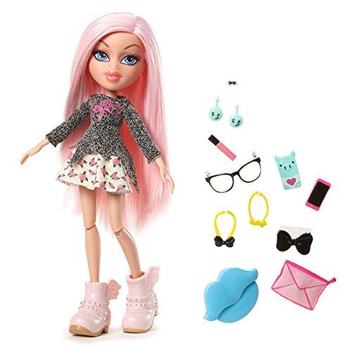 Bratz #SelfieSnaps Doll- Cloe (Discontinued by manufacturer) by Bratz