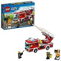 Lego 60107Contiene un'Autopompa dei vigili del fuoco con scala antincendio estensibile e manichetta, più un barile di benzina. Metti l'Autopompa in posizione e alza la scala per superare le fiamme. Incluso un pompiere donna e un pompiere uomoSpecific...