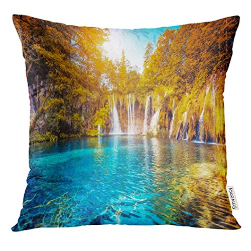 Dekokissenbezug Majestic View on Turquoise Water and Sunny Beams Location Famous Resort Plitvice Lakes National Park Decorative Pillow Case Home Decor Square 18x18 Inches Pillowcase Sunny Beam