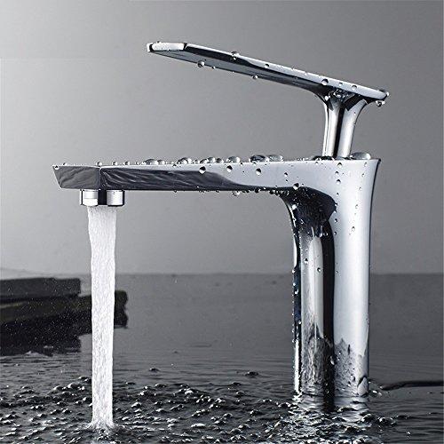 MGADERO Wasserhahn Bad Armatur Mischbatterie Kaltes und heißes Wasser Messing Geröstete weiße Farbe Sliver Badarmatur Waschbecken Waschtischbatterie für Badezimmer