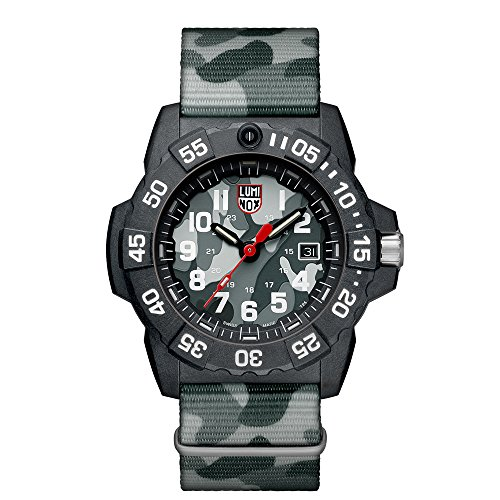 Luminox Mens Quartz Watch, Analogue Classic Display and Nylon Strap XS.3507.PH