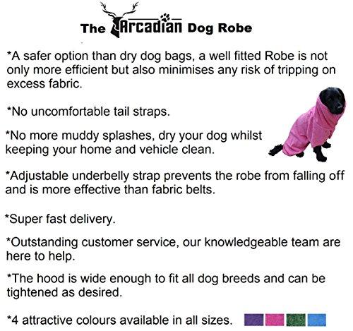 Mikrofaser Hunde Bademantel von Premium Qualität von Arcadian. Diese luxuriösen Bademäntel sind leicht, schnell trocknend und super saugfähig. Einfach zu verwenden, komfortabel und mit verstellbaren Trägern. Fantastisch, wenn zusammen mit einem Mikrofaser Hundehandtuch von Arcadian verwendet. 100% Zufriedenheitsgarantie! - 6