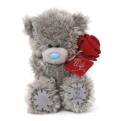 Me to You Tatty Plüschteddy – englischer Aufdruck 'Perfect Wife' mit Rose – 14 cm sitzend