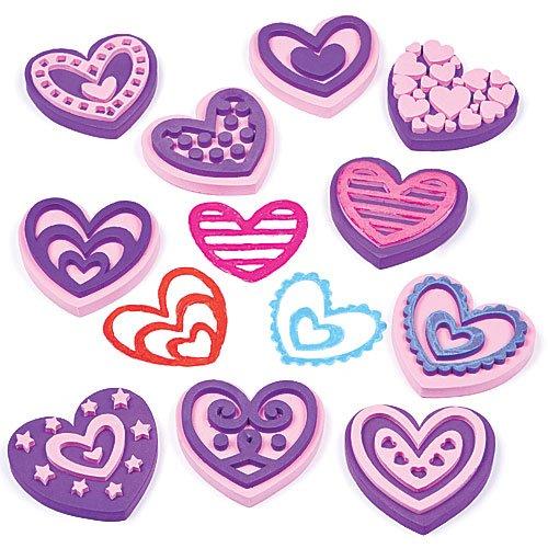 tampons-coeurs-en-mousse-que-les-enfants-pourront-utiliser-pour-decorer-et-pour-personnaliser-leurs-