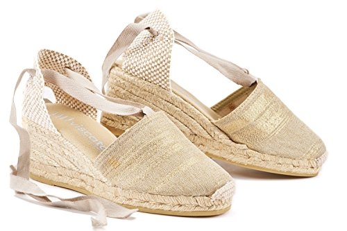 "VISCATA Escala 2.5"" Heel, Soft Ankle-Tie, Closed Toe, Classic Espadrilles Heel Made in Spain Gold"