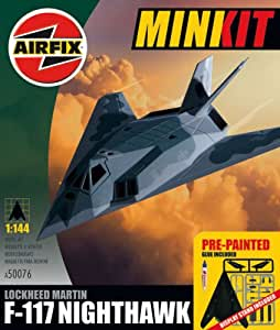 Airfix A50076 Lockheed F-117 a Nighthawk 1 : 144 Échelle Mini kit Cadeau de Pre-painted Inc Colle