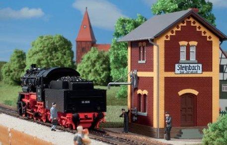 Auhagen 11435 - Bahnhof Steinbach mit Wasserhaus, Modelleisenbahn Zubehör