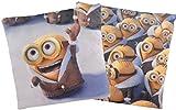 Doppelseitiges Minions Kissen: Arktis Bob mit Mantel / Minion Crowd, 40x40 cm