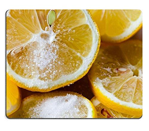 MSD in gomma naturale gaming mouse immagine ID: 30675329fresco Limone con zucchero su una piastra bianca
