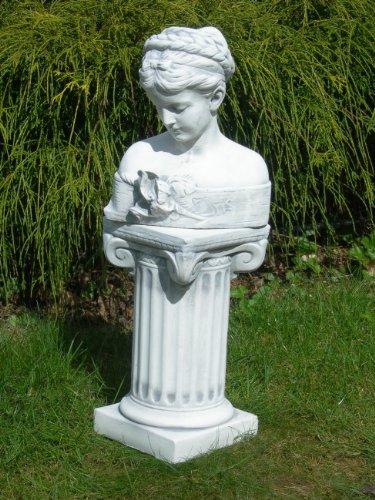 Unbekannt Skulptur Figur Büste Iris auf ionischer Säule Gartendeko Garten Deko Gartenfigur grau patiniert Höhe 62 cm Gartenskulpturen aus Beton