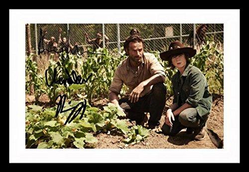 Andrew Lincoln & Chandler Riggs - The Walking Dead Signiert und gerahmt Foto -